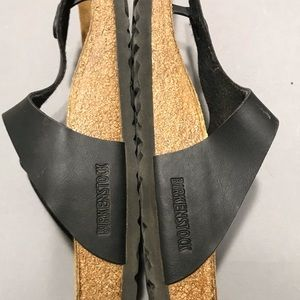 BIRKENSTOCKS black gizeh thong sandals 10 41